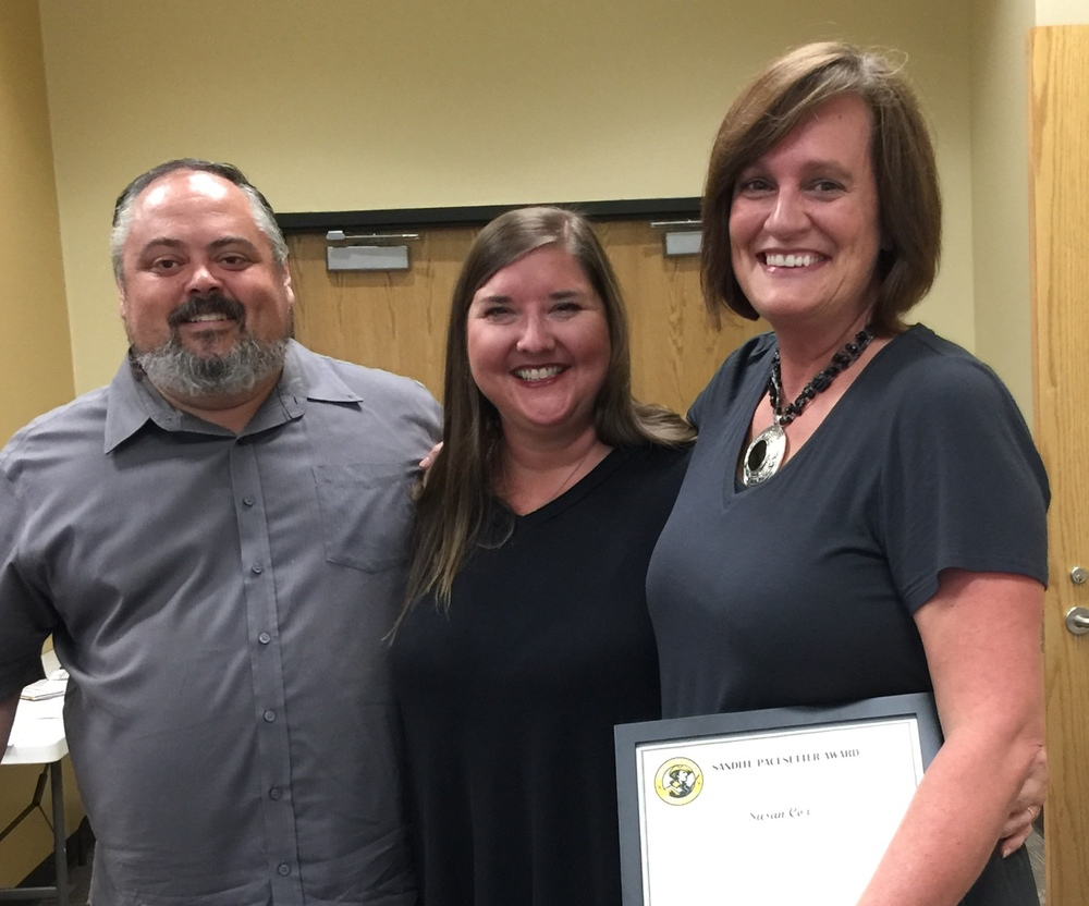 Susan Cox Receives Sandite Pacesetter Award for Heroic Efforts