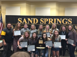 Board Recognizes Sandite Volleyball Team